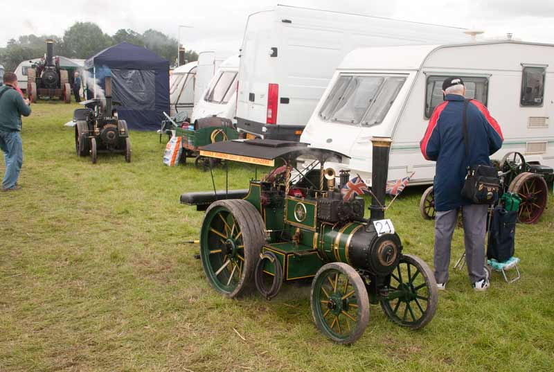 Miniature traction engines