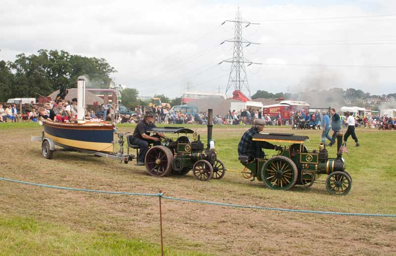 Miniature traction engines and steam launch