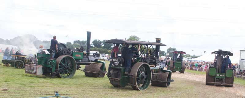 4 steam rollers