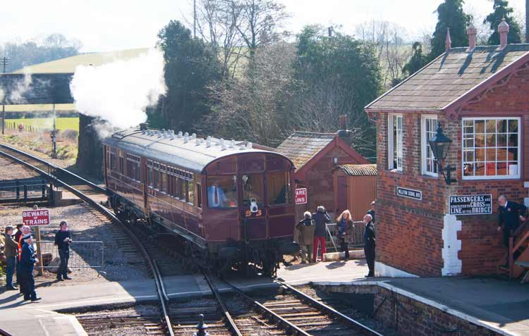 Railmotor 93 arriving at Williton